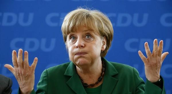 merkel В бундестаге отругали Меркель за неонацизм на Украине
