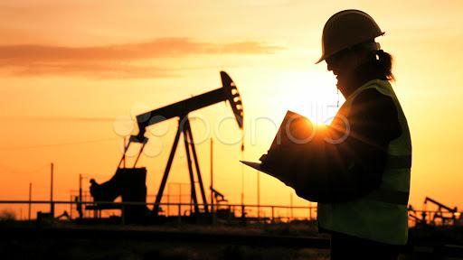 Цена на азербайджанскую нефть превысила 60 долларов за баррель
